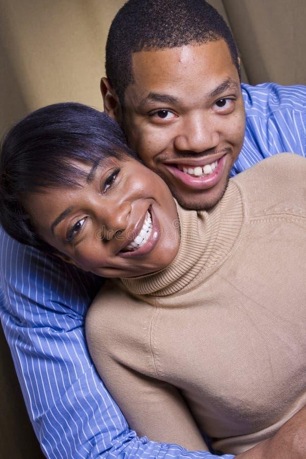 Het gelukkige paar glimlachen stock afbeelding