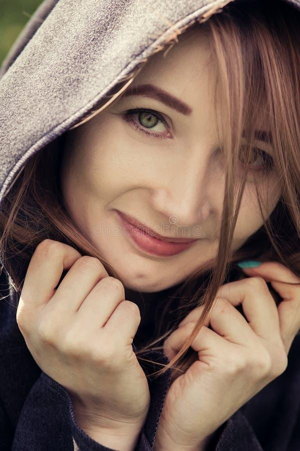 Het gelukkige vrouw glimlachen royalty-vrije stock foto