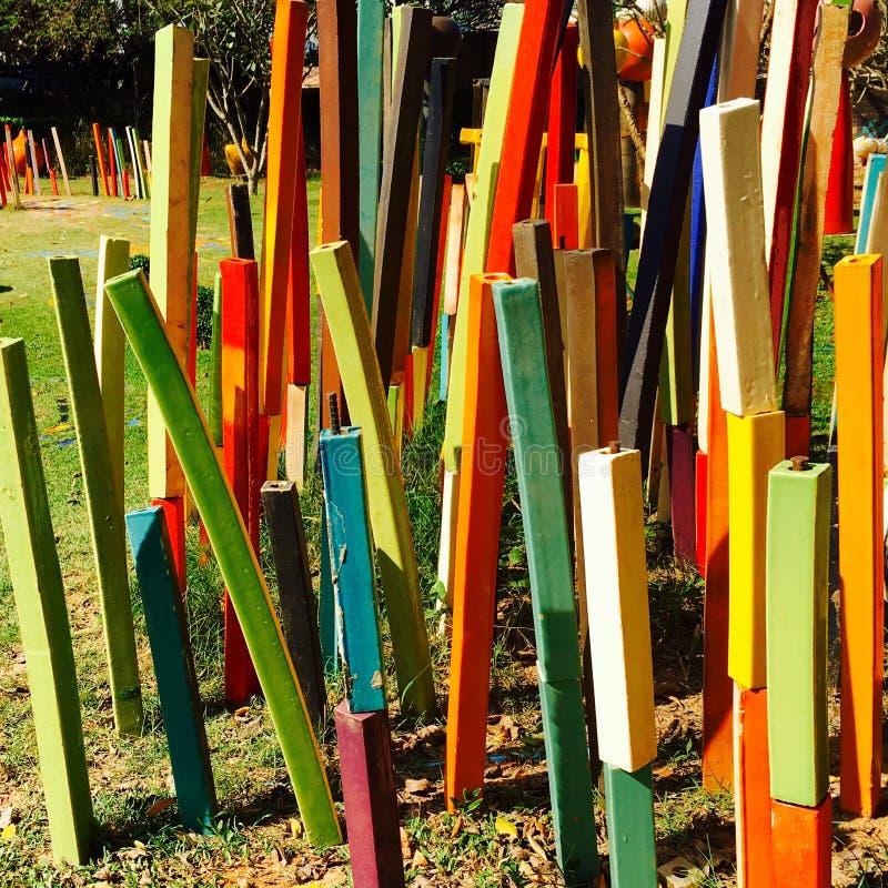 het gemengde kleurrijke beeldhouwwerk van het streeppatroon royalty-vrije stock afbeeldingen