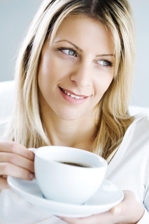 Het genieten van van koffie royalty-vrije stock foto's