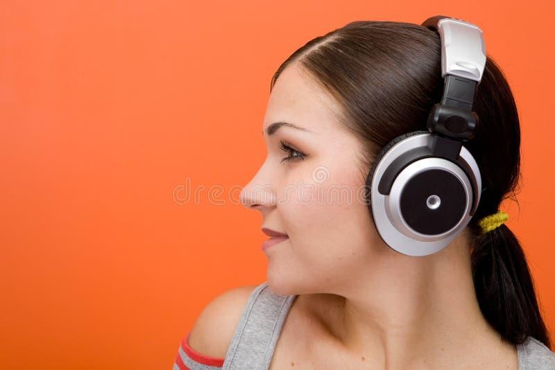 Het genieten van van muziek stock foto