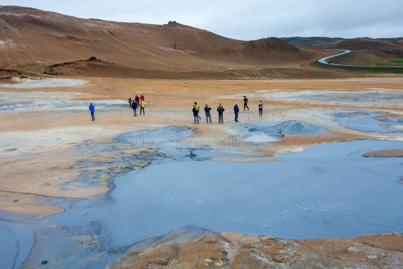 Het geothermische gebied van Namafjallhverir in Noord-IJsland stock foto's