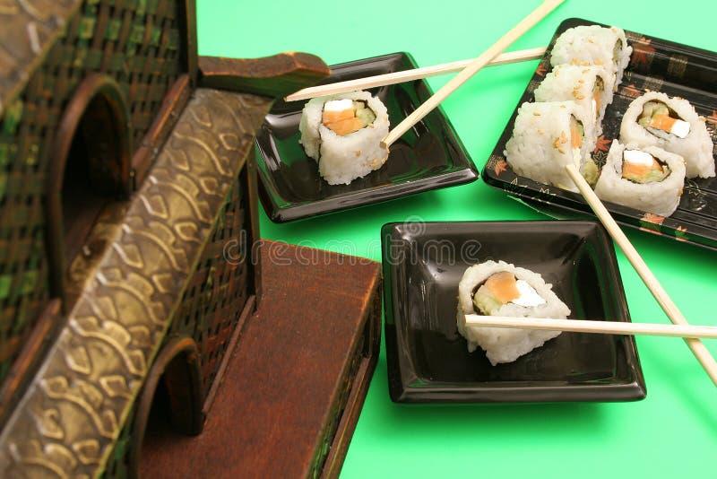 Het gerookte diner van zalmsushi royalty-vrije stock foto's