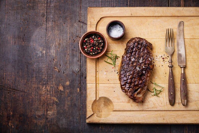Het geroosterde Lapje vlees van New York Striploin royalty-vrije stock afbeelding