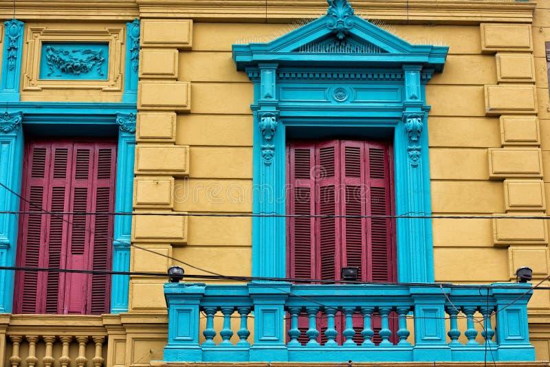 Download Het Geschilderde Huis Van La Boca In Buenos Aires Stock Afbeelding - Afbeelding bestaande uit kapitaal, balkon: 54081393