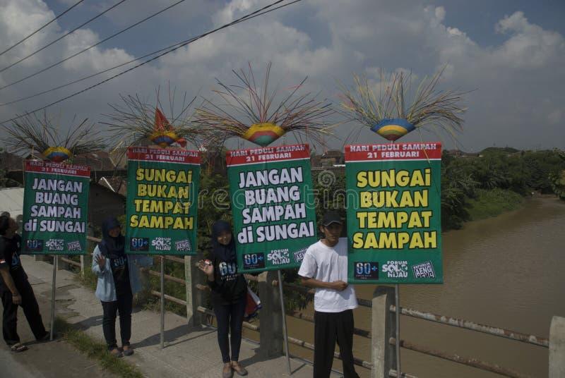 HET GEVAAR VAN HET HET AFVALbeheer VAN INDONESIË royalty-vrije stock afbeelding