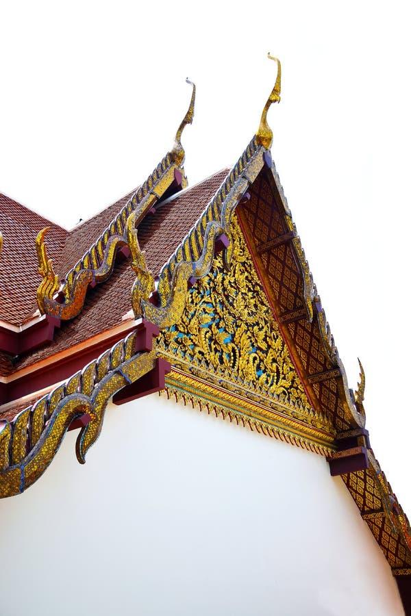 Het geveltopdak van Thaise tempel isoleerde 0213 royalty-vrije stock foto