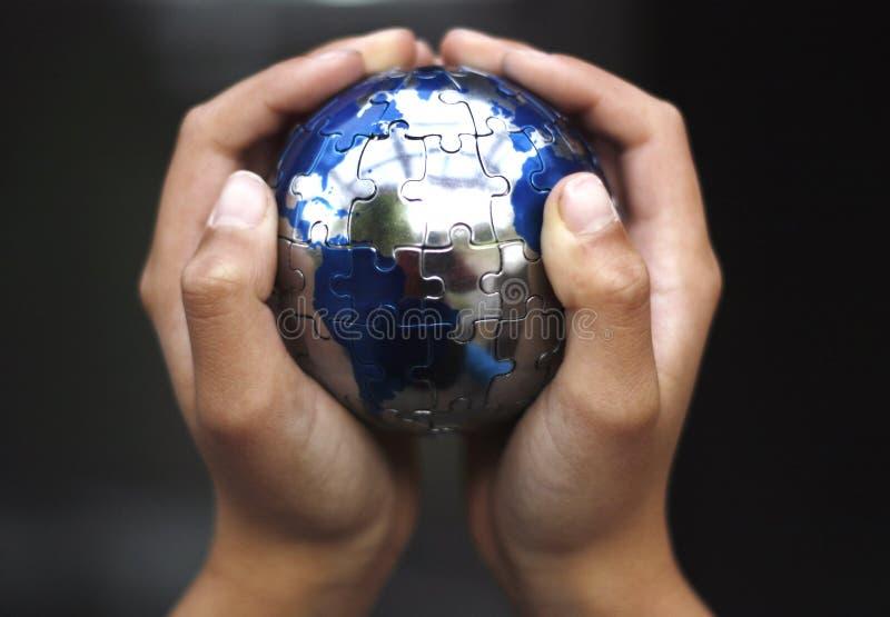 Het geven voor Aarde stock fotografie