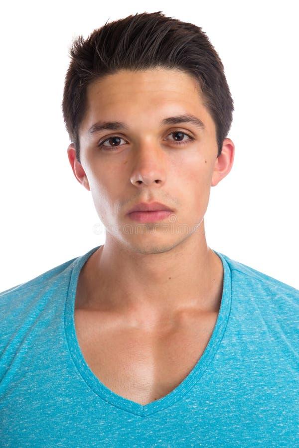 Het gezicht die van het jonge mensenportret ernstige concentraat spierpeo kijken stock afbeelding