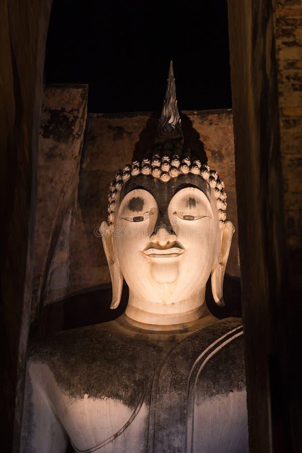 Het gezicht van Boedha van Wat Si Chum van Sukhothai, Thailand royalty-vrije stock foto