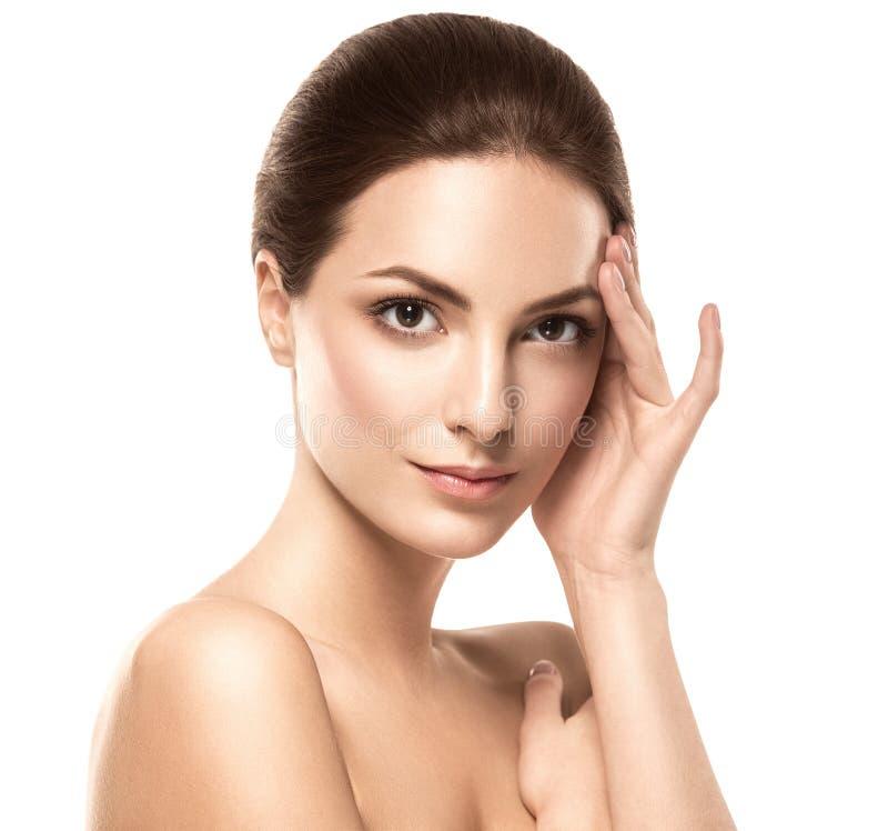 Het gezichtsportret van de schoonheidsvrouw Mooi modelGirl met Perfecte Verse Schone Huid stock foto