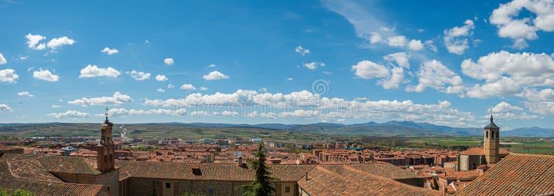 Het gezichtspunt van Avila Spanje, Valle kuiert, Santiago Church, het klooster van Nuestra Senora de Gracia stock foto's