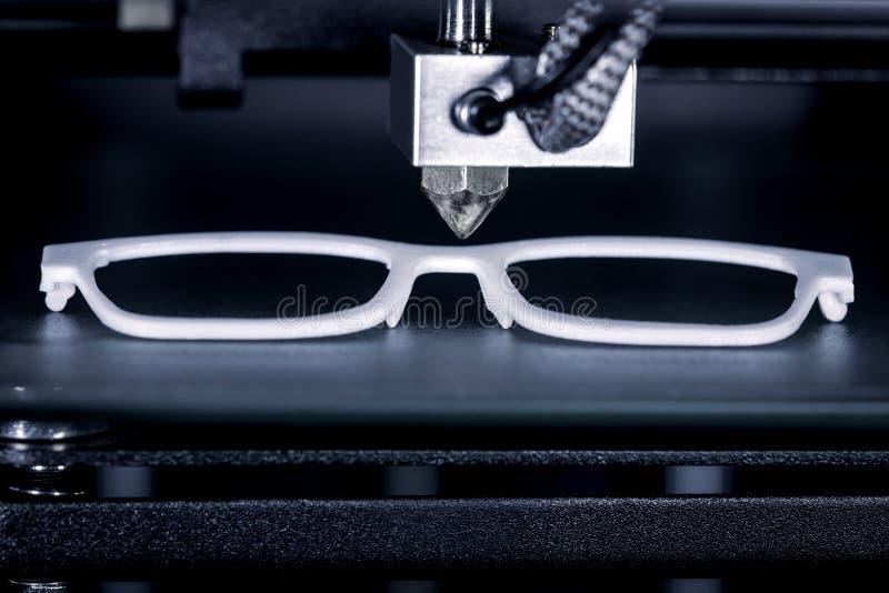 Het glazenkader is gedrukt met een 3D printer royalty-vrije stock foto