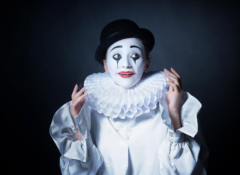 Het glimlachen bootst Pierrot na royalty-vrije stock afbeelding