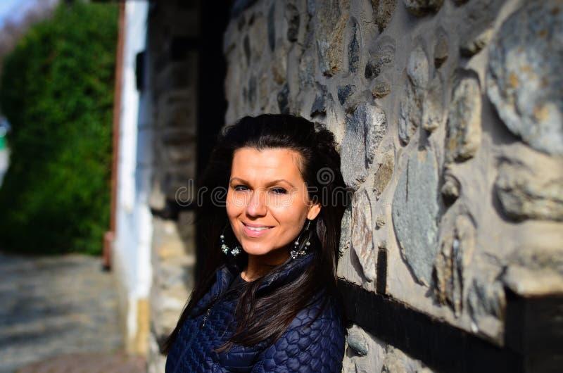 Het glimlachen brunette royalty-vrije stock foto's