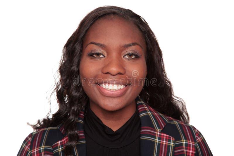 Het glimlachen headshot - Afrikaanse Amerikaanse onderneemster stock afbeelding