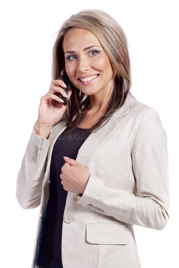 Het glimlachen het jonge bedrijfsvrouw roepen stock foto's