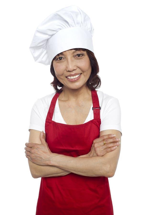 Het glimlachen portret van zekere Aziatische chef-kok royalty-vrije stock afbeeldingen