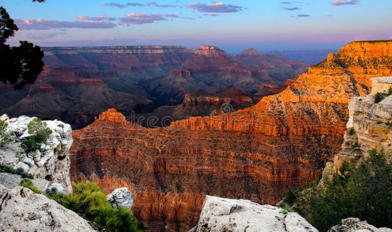 Het gloeien Schemer van Grand Canyon stock afbeeldingen