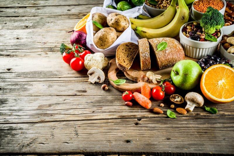 Het goede rijke voedsel van de koolhydraatvezel stock foto's