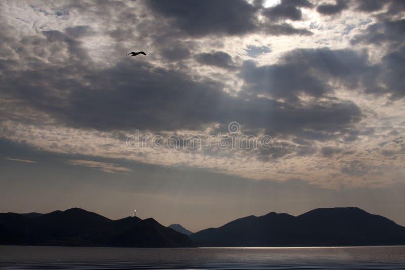 Het gokceada-Egeïsche overzees van het eiland. stock afbeelding