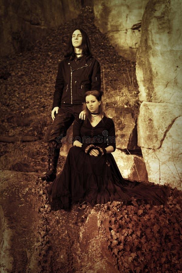 Het gotische paar retro stileren royalty-vrije stock afbeelding