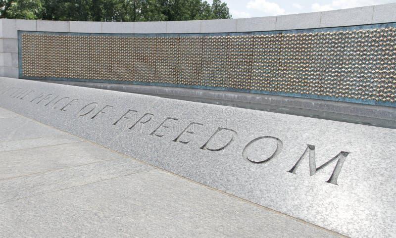 Het gouden Gedenkteken van de Wereldoorlog II van Sterren stock afbeelding
