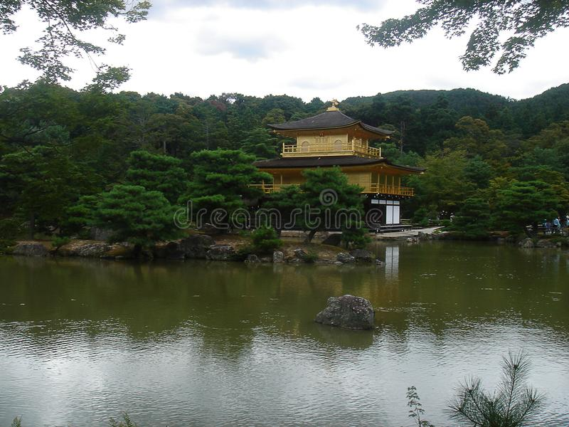 Het gouden kasteel van Kyoto royalty-vrije stock fotografie