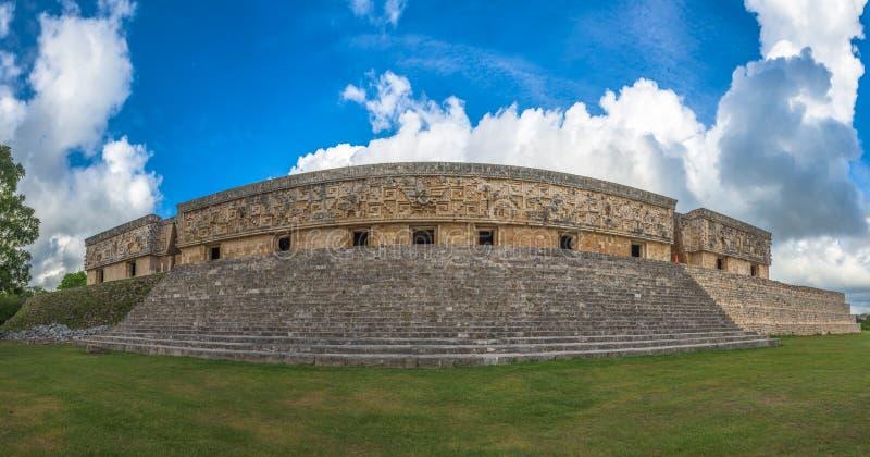 Het Gouverneurs` s Paleis in een oude Maya stad van Uxmal, Yucatan royalty-vrije stock foto