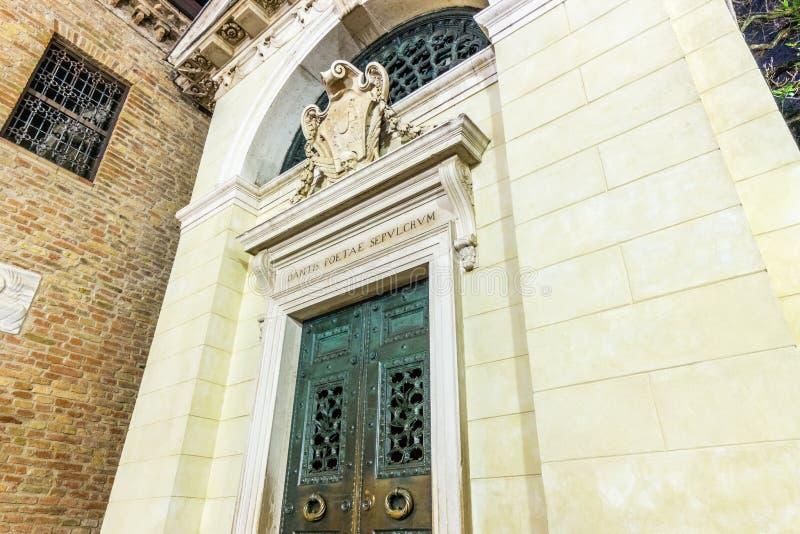 Het graf van Dante in Ravenna stock fotografie