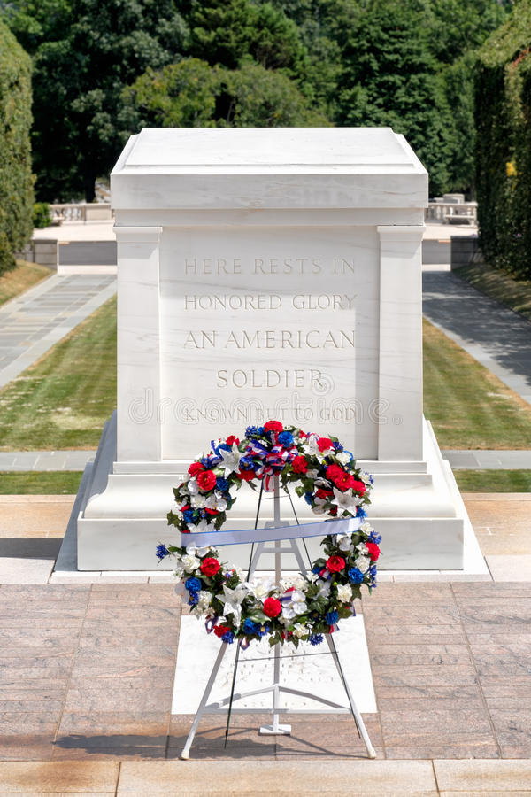 Het Graf van de Onbekende Militair bij de Nationale Begraafplaats van Arlington stock foto