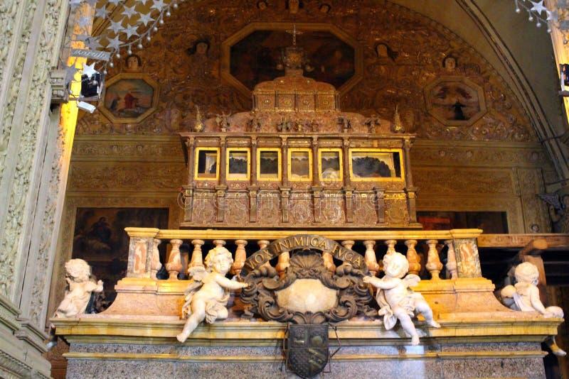 Het graf van incorrupted lichaam van Francis Xavier in Basili royalty-vrije stock foto's