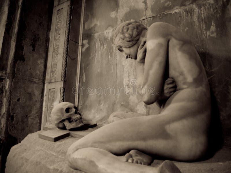 Het graf van Lavarello stock afbeelding