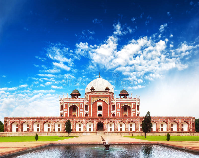 Het grafmausoleum van India Delhi Humayun. Indische architectuur royalty-vrije stock fotografie
