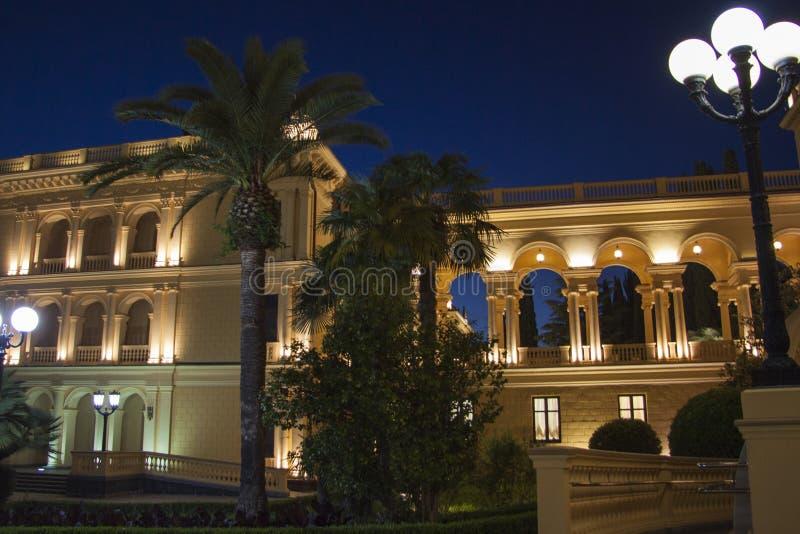 Het Grieks die nightscene bouwen stock foto