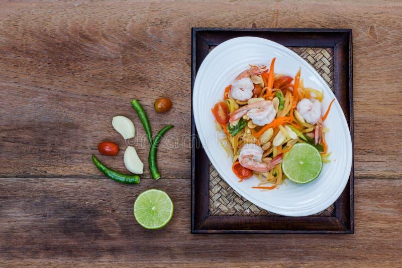 Het groene Thaise voedsel van de papajasalade stock afbeelding