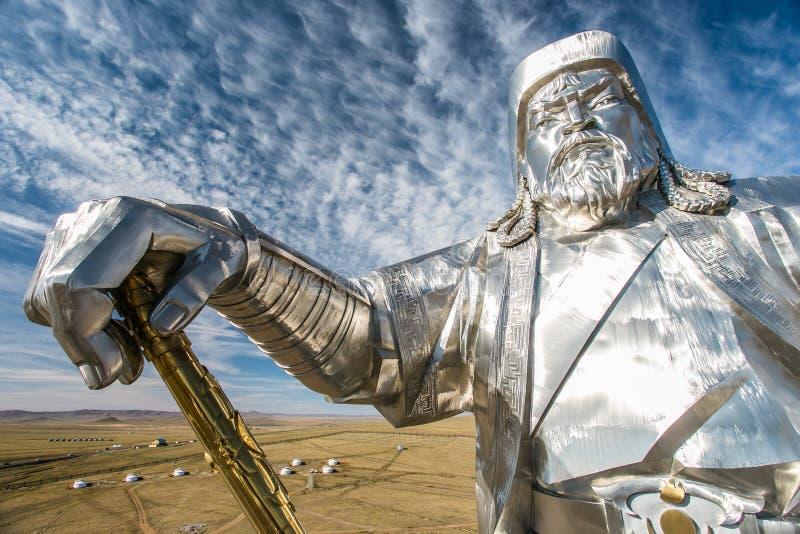 Het grootste standbeeld van de wereld van Genghis Khan stock afbeeldingen