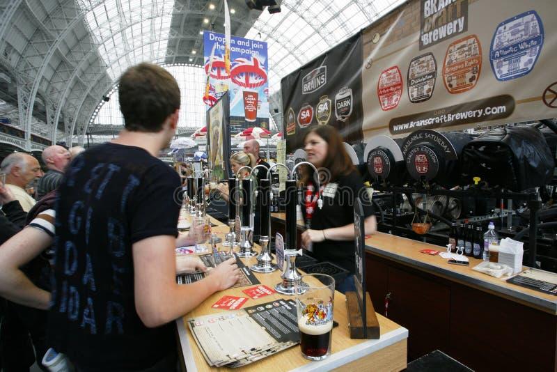 Het grote Britse Bierfestival, 2013 royalty-vrije stock foto's