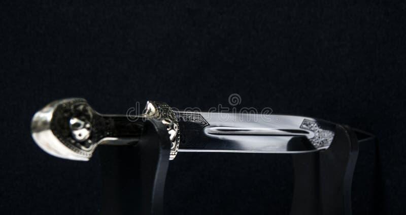 Het grote mes van de dolkherinnering stock foto