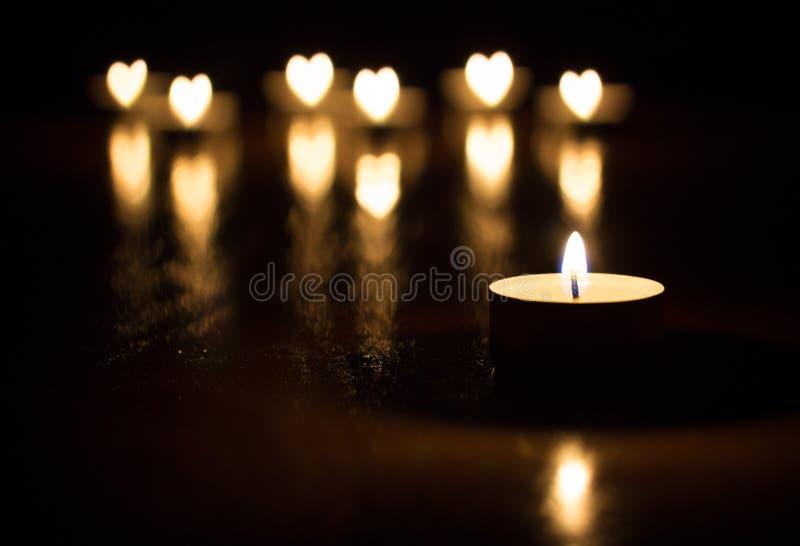 Het hart van kaarsen royalty-vrije stock afbeeldingen