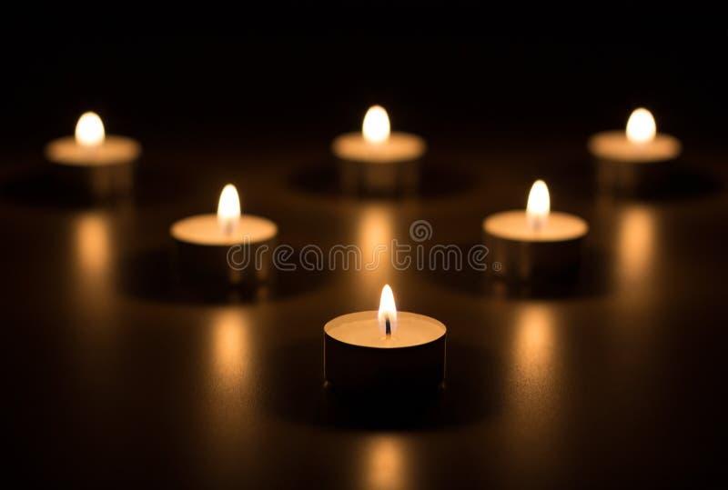 Het hart van kaarsen stock afbeelding