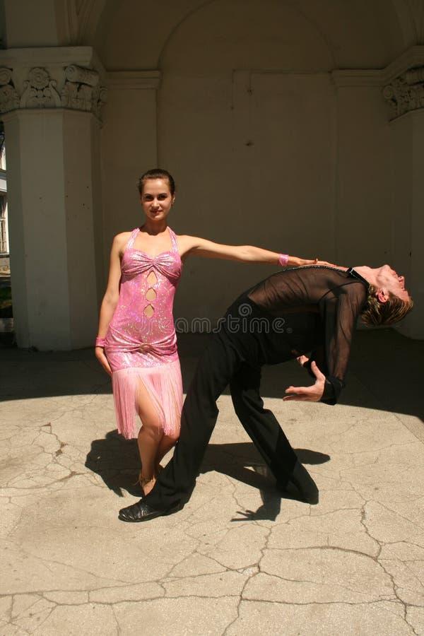 Het hartstochtelijke dansen stock foto