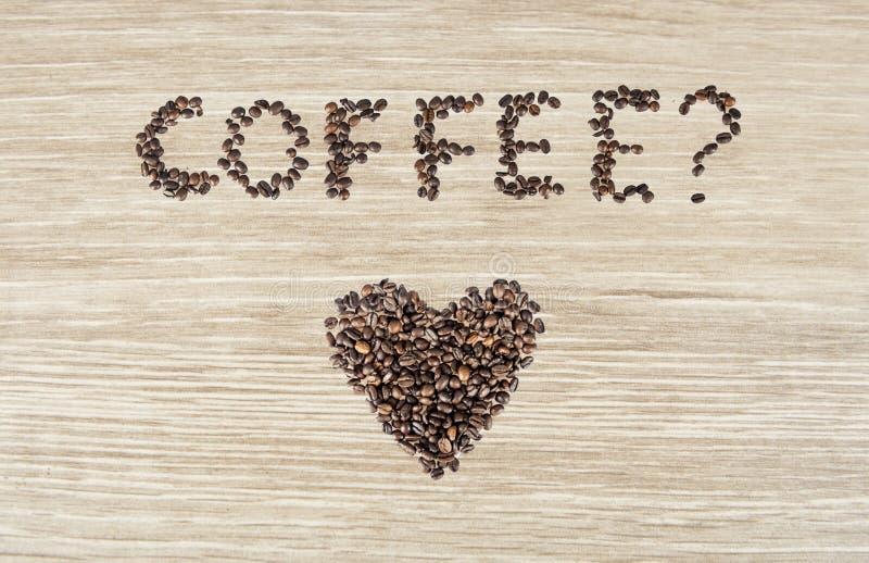 Het hartsymbool van koffiebonen royalty-vrije stock foto