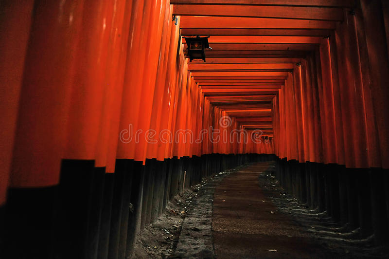 Het Heiligdom van Inari van Fushimi (Kyoto, Japan) stock foto's