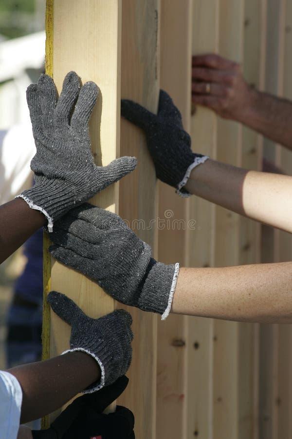 Het helpen van Handen stock afbeeldingen
