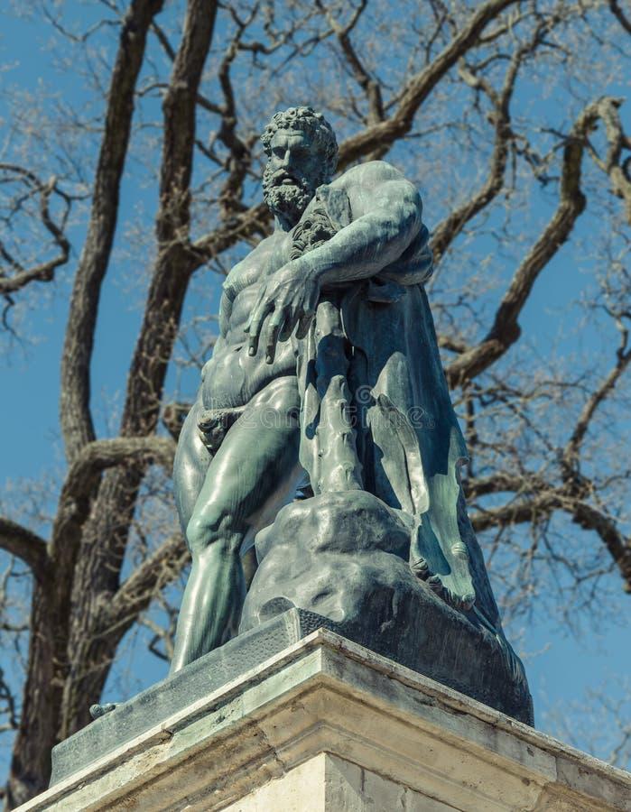 Het Hercules-standbeeld door Cameron Gallery in Catherine Park stock afbeelding