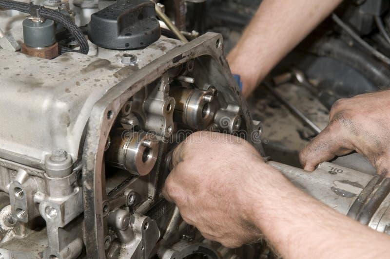 Het herstellen van de motor stock fotografie
