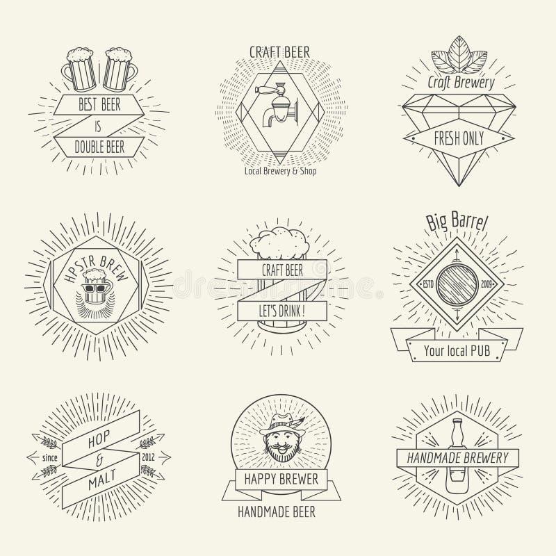 Het het met de hand gemaakte bier van de Hipsterstijl en embleem van de ambachtbrouwerij royalty-vrije illustratie