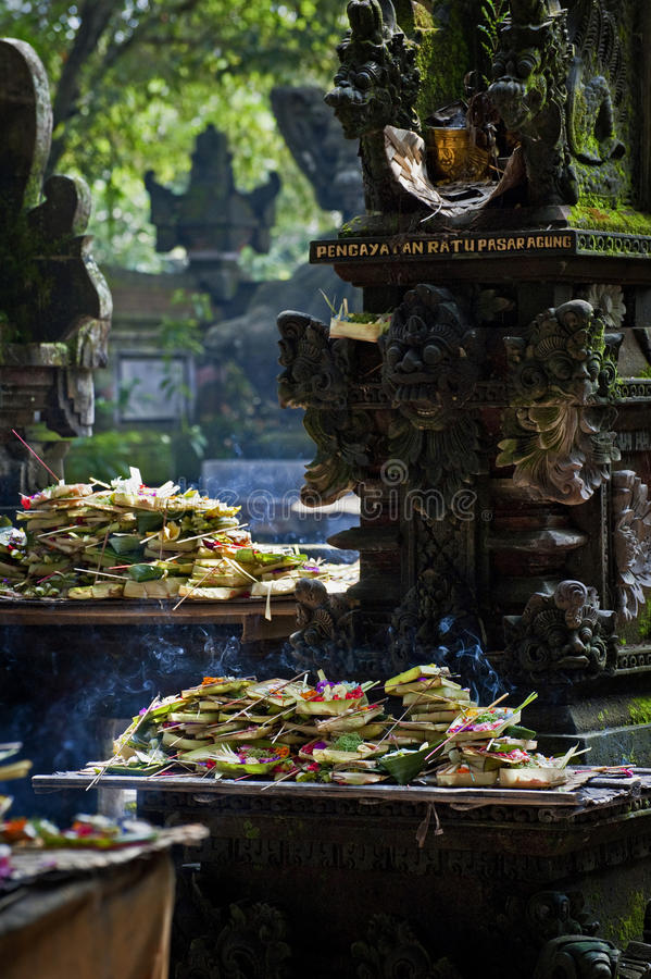 Het Hindoese Dienstenaanbod van Bali royalty-vrije stock afbeelding