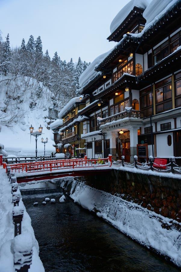 Het historische District van ginzan-Onsen in de winter royalty-vrije stock fotografie